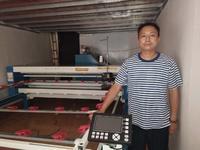 精细弹花机客户购蚕丝机做做蚕丝被生意爆好。